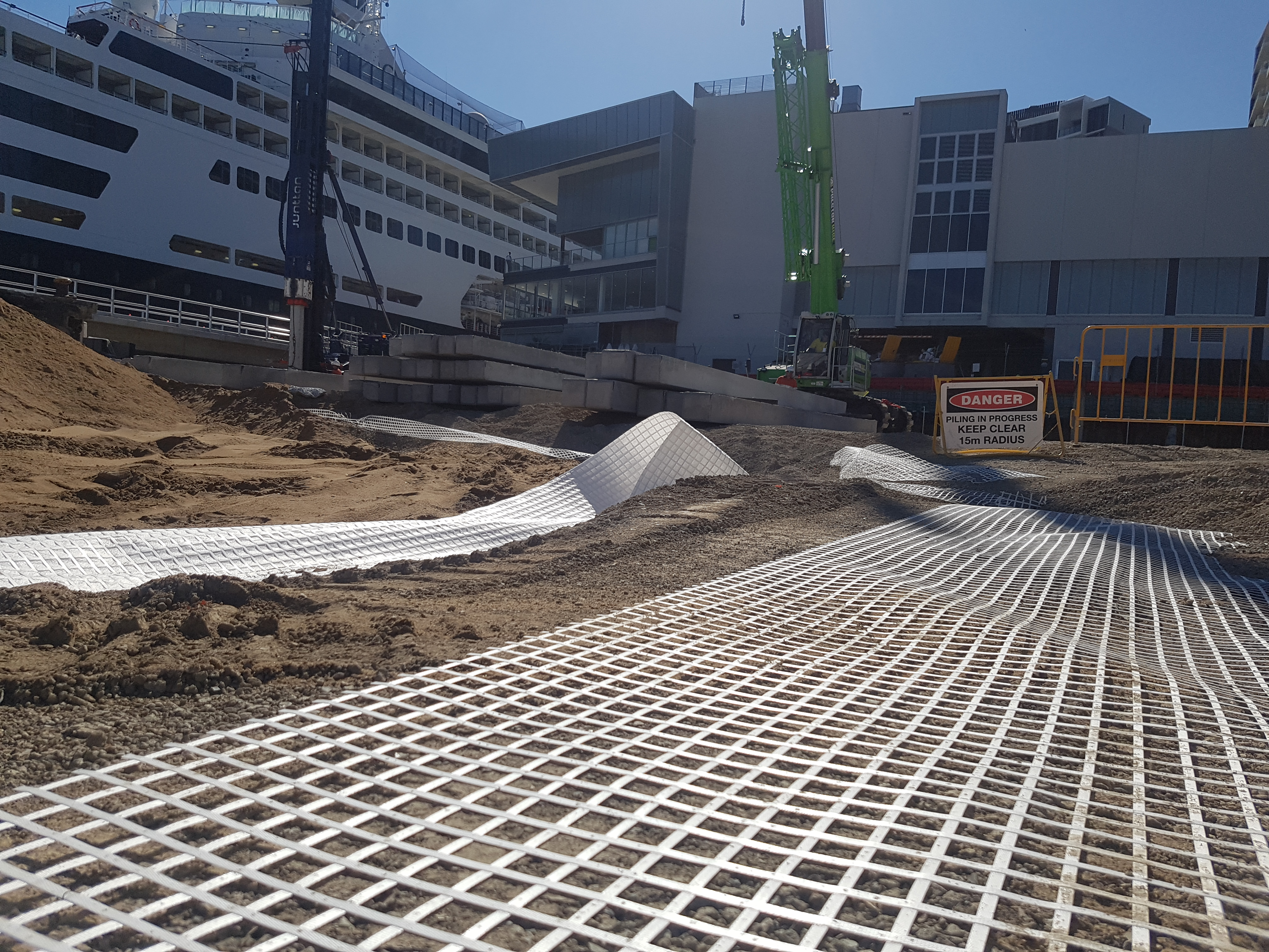 How Geosynthetics work in Construction on Soft Soils